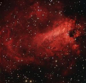 La nebulosa Omega, M17, fotografiada des de l'observatori de MónNatura Pirineus (font: celdenit.com)
