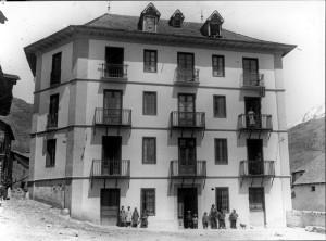 Casa Ignàsia (Font: www.aneu.cat - Arxiu Cultural de les Valls d'Àneu)