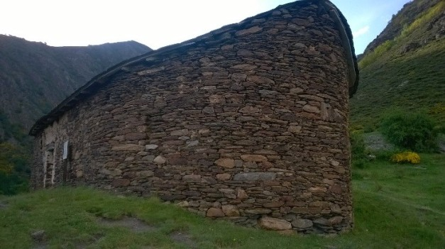 Foto 4.. Ermita de Sant Beado. Font pròpia.